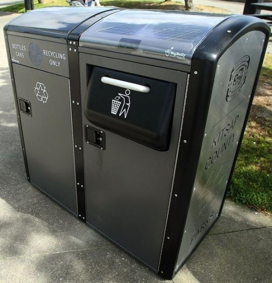 bigbelly-trash-compactor1_iio4w_24429